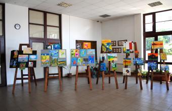 Изложба на осмокласниците